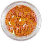 Narancssárga négyzet - nail art lyukas dísz