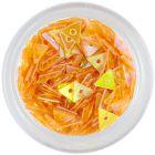 Sötét narancssárga, gyöngyházas háromszög lyukkal - nail art