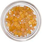 Kis körömdíszítő virágocskák - sárgás narancssárga, gyöngyházfényes