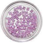 Körömdíszítésre szolgáló lila négyzetecskék, gyöngyház